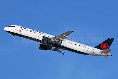 Air Canada Airbus A321-211 C-GJWO (msn 1811) LAX (Michael B. Ing). Image: 940167.