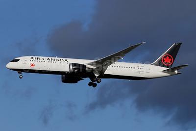Air Canada Boeing 787-9 Dreamliner C-FRTW (msn 37179) LHR (SPA). Image: 940642.