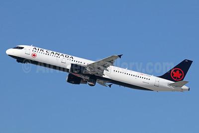 Air Canada Airbus A321-211 C-FLKX (msn 1299) LAX (Michael B. Ing). Image: 939533.
