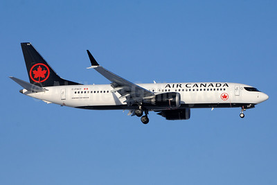 Air Canada Boeing 737-8 MAX 8 C-FSCY (msn 61208) YYZ (TMK Photography). Image: 940474.
