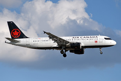 Air Canada Airbus A320-214 C-FZQS (msn 2145) YYZ (TMK Photography). Image: 947209.