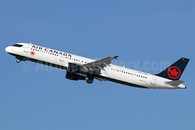 Air Canada Airbus A321-211 C-GIUE (msn 1632) LAX (Michael B. Ing). Image: 940259.