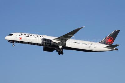Air Canada Boeing 787-9 Dreamliner C-FRTW (msn 37179) LHR (Antony J. Best). Image: 955506.