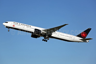 Air Canada Boeing 777-333 ER C-FIVX (msn 42219) LHR (Keith Burton). Image: 946424.