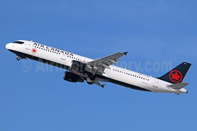 Air Canada Airbus A321-211 C-GJWD (msn 1748) LAX (Michael B. Ing). Image: 939942.