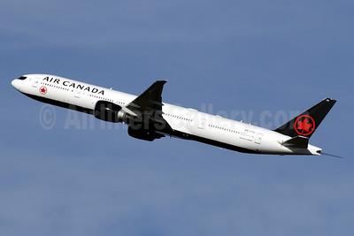 Air Canada Boeing 777-333 ER C-FITU (msn 35254) LHR (SPA). Image: 940960.