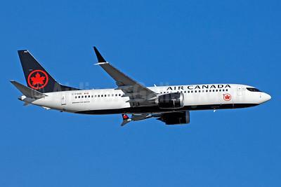 Air Canada Boeing 737-8 MAX 8 C-FSDB (msn 61210) YYZ (TMK Photography). Image: 941178.