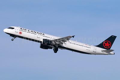 Air Canada Airbus A321-211 C-GIUF (msn 1638) LAX (Michael B. Ing). Image: 940165.