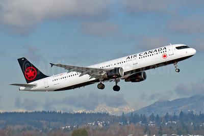 Air Canada Airbus A321-211 C-GJVX (msn 1726) YVR (Rob Rindt). Image: 941073.