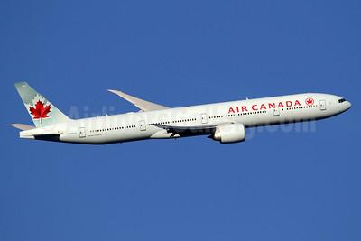 Air Canada Boeing 777-333 ER C-FNNW (msn 43250) LHR (SPA). Image: 936509.
