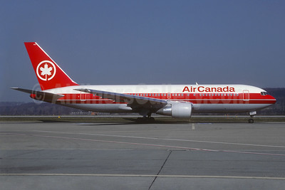 Air Canada Boeing 767-233 ER C-GDSP (msn 24142) ZRH (Christian Volpati Collection). Image: 940545.