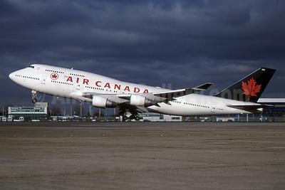 Air Canada Boeing 747-433 C-GAGM (msn 25074) LHR (SPA). Image: 955485.