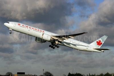 Air Canada Boeing 777-333 ER C-FIUL (msn 35255) LHR (SPA). Image: 927232.