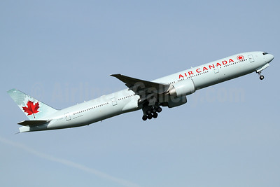 Air Canada Boeing 777-333 ER C-FJZS (msn 62400) PAE (Nick Dean). Image: 932555.