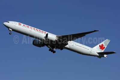 Air Canada Boeing 777-333 ER C-FIVW (msn 42218) LHR (SPA). Image: 936402.