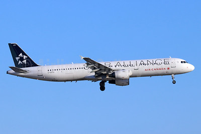 Air Canada Airbus A321-211 C-GITU (msn 1602) (Star Alliance) LAX (Michael B. Ing). Image: 954943.