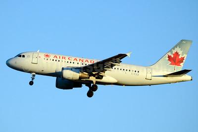 Air Canada Airbus A319-114 C-FYJI (msn 682) YYZ (Jay Selman). Image: 403309.