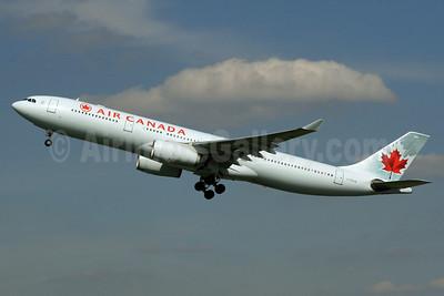 Air Canada Airbus A330-343 C-GFUR (msn 344) LHR (SPA). Image: 936514.