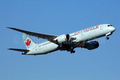 Air Canada Boeing 787-9 Dreamliner C-FPQB (msn 35270) YYZ (TMK Photography). Image: 935767.