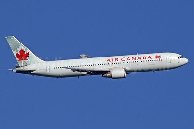 Air Canada Boeing 767-375 ER C-FCAB (msn 24082) LHR (SPA). Image: 939637.