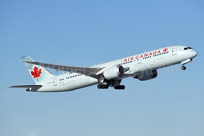 Air Canada Boeing 787-9 Dreamliner C-FGDX (msn 35269) YVR (Steve Bailey). Image: 936510.