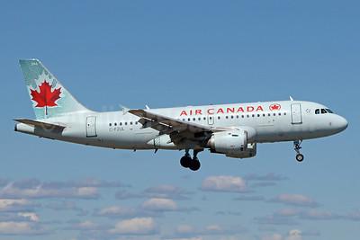 Air Canada Airbus A319-114 C-FZUL (msn 721) ANC (Michael B. Ing). Image: 938479.