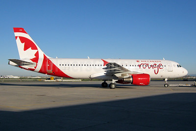 First Airbus A320 for rouge