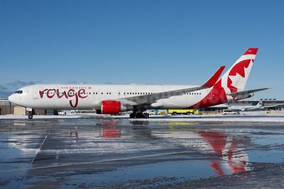 Air Canada rouge (Air Canada) Boeing 767-333 ER WL C-FMWP (msn 25583) YVR (Rob Rindt). Image: 941097.