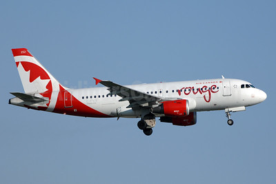 Air Canada rouge (Air Canada) Airbus A319-114 C-FYIY (msn 634) YYZ (TMK Photography). 933207.