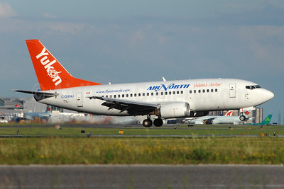 Air North-Yukon's Airline (Canada) Boeing 737-548 C-GANJ (msn 26287) YYZ (TMK Photography). Image: 940476.