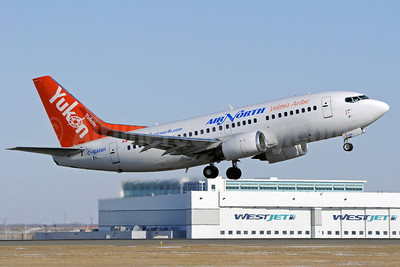Air North-Yukon's Airline (Canada) Boeing 737-505 WL C-GANH (msn 27153) YYC (Matt Dueck). Image: 906138.
