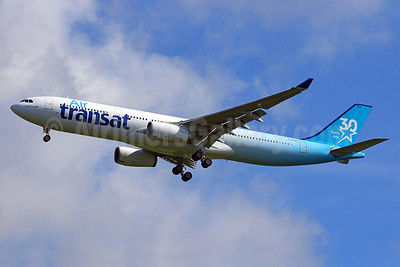 "Air Transat's 2017 ""30 Years Ans"" logo jet"