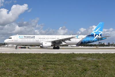 Air Transat Airbus A321-211 C-GEZD (msn 4099) FLL (Bruce Drum). Image: 104913.