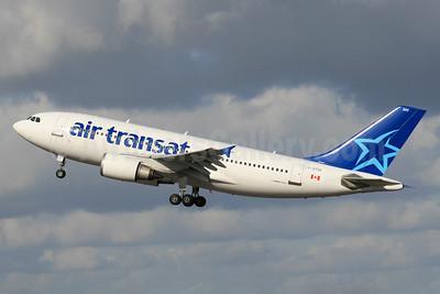 Air Transat Airbus A310-304 C-GTSD (msn 547) LHR (SPA). Image: 930929.