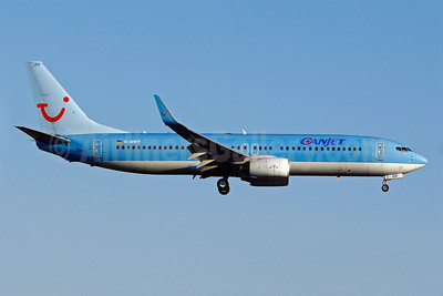 CanJet Airlines (2nd) Boeing 737-8K5 WL D-AHFP (msn 27988) (TUI colors) YUL (Gilbert Hechema). Image: 904008.
