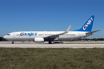CanJet Airlines (2nd) (Transavia France) Boeing 737-8GJ WL F-GZHA (msn 34901) FLL (Ariel Shocron). Image: 922451.