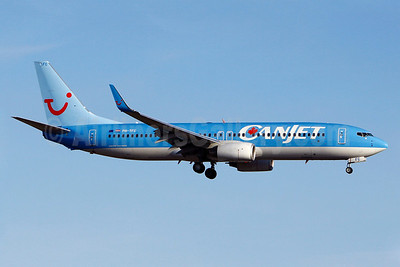 CanJet Airlines (2nd) Boeing 737-8K5 WL PH-TFC (msn 35146) (TUI colors) YUL (Gilbert Hechema). Image: 904680.