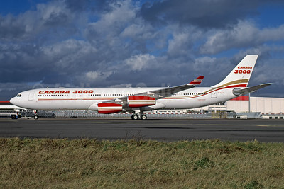Canada 3000 Airlines Airbus A340-313 C-GZIA (msn 395) ORY (Rob Rindt Collection). Image: 952711.
