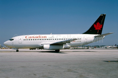 Canadian Airlines International Boeing 737-275 C-GPPW (msn 22264) (Air Canada colors) MIA (Bruce Drum). Image: 103075.
