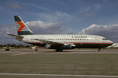 Canadian Airlines International Boeing 737-275 C-GTPW (msn 22807) LAX (Bruce Drum). Image: 101894.