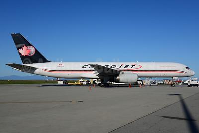 Cargojet Airways Boeing 757-236 (F) C-FKCJ (msn 24792) YVR (Ton Jochems). Image: 913315.