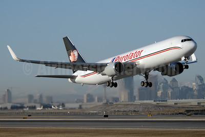Purolator (Cargojet Airways) Boeing 767-39H ER WL C-FGSJ (msn 26256) YYC (Chris Sands). Image: 926567.