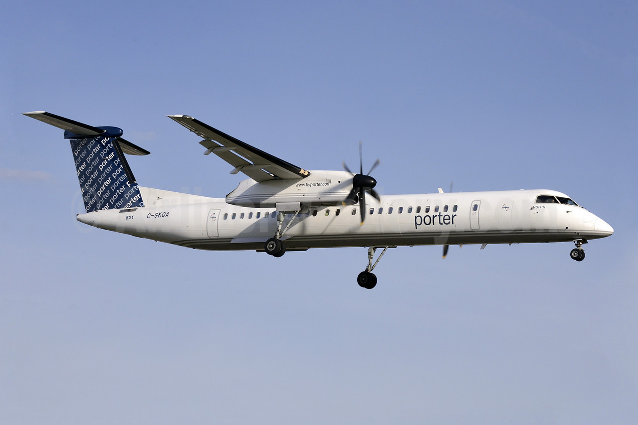 Porter Airlines Bombardier DHC-8-402 (Q400) C-GKQA (msn 4357) MDW (Steve Bailey). Image: 922854.
