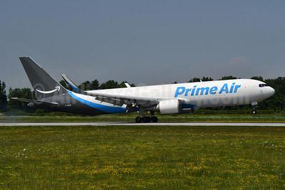 Prime Air (Cargojet Airways) Boeing 767-338 ER (F) WL C-GAZI (msn 25576) YHM (TMK Photography). Image: 954566.