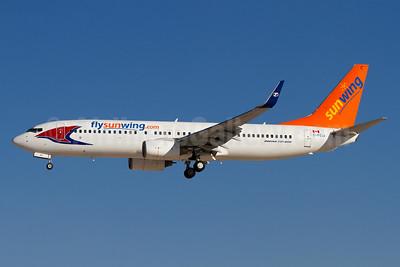 Sunwing Airlines (flysunwing.com) Boeing 737-86N WL C-FGVK (msn 32740)  LAS (Arnd Wolf). Image: 928279.