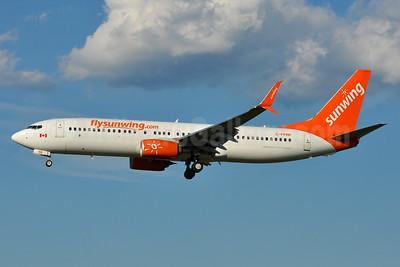 Sunwing Airlines (flysunwing.com) Boeing 737-8FH SSWL C-FPRP (msn 39959) BWI (Tony Storck). Image: 935019.