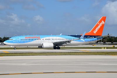 Sunwing Airlines (TUI Airlines Belgium) Boeing 737-8K5 SSWL OO-JAV (msn 40943) (TUI colors) FLL (Bruce Drum). Image: 104605.