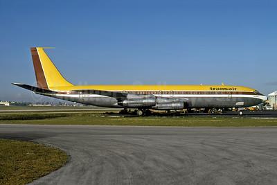 Transair (Canada) Boeing 707-348C CF-TAI (msn 19410) MIA (Bruce Drum). Image: 100623.
