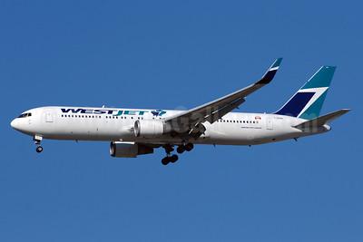 WestJet Airlines Boeing 767-338 ER WL C-GOGN (msn 25576) YYZ (TMK Photography). Image: 938964.