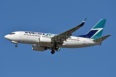 WestJet Airlines Boeing 737-7CT WL C-GWJE (msn 35078) JFK (Fred Freketic). Image: 942061.